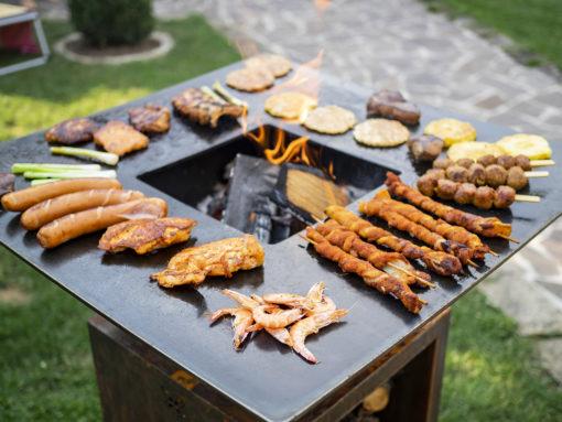 Grillen mit dem BigQube Wood von BlackBull